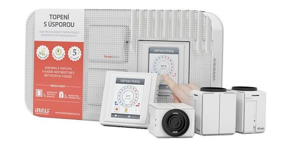 Termostatické hlavice řízené nástěnným termostatem - to je sada Topení s úsporou.