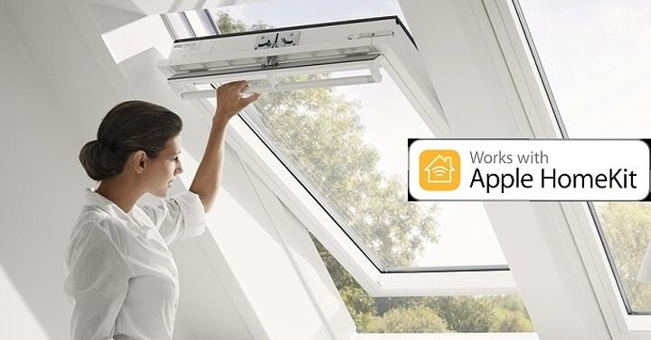 Od příštího roku se do systému Apple HomeKit přidají i střešní okna Velux (Zdroj: Velux.cz a Apple.com).